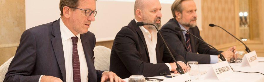 1_relatori da sinistra Muzzarelli- Bonaccini- Bruzzone -2