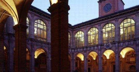 20 luglio bologna_palazzo_dell__archiginnasio