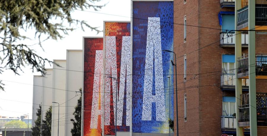 STREET ART. TRE MURALES PER RIDARE COLORE ALLE CASE POPOLARI DI VIA DEL TURCHINO