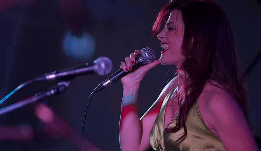 Cinzia Forino voce
