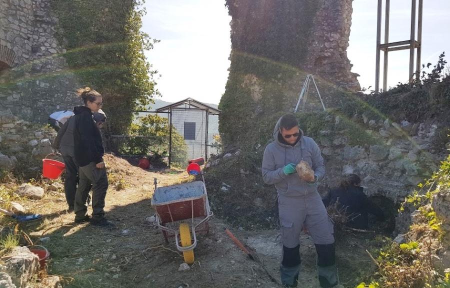 Castello di Monteforte scavi@WWWITALIA