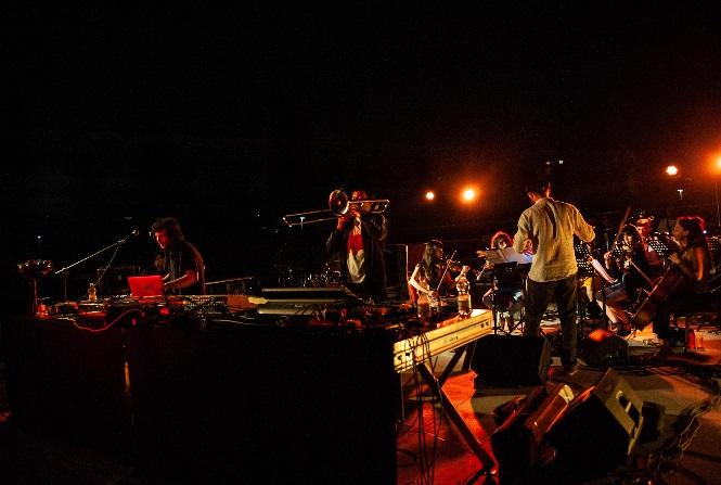 Dj Gruff e Orchestra Senzaspine insieme al Mercato Sonato