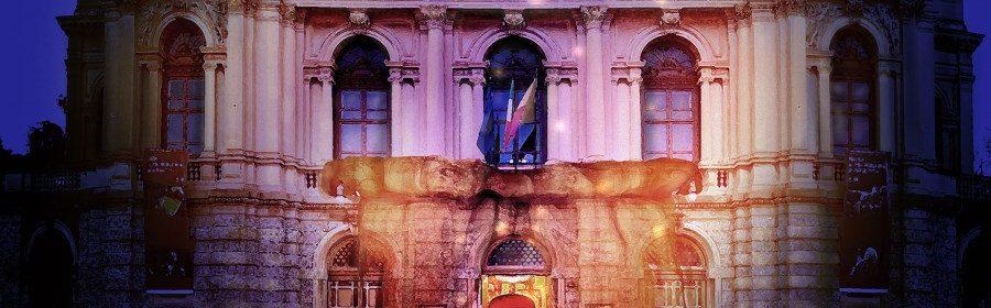 Facciata teatro Bergamo
