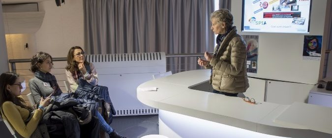 Momento del dibattito con la prof.ssa Marina Melone