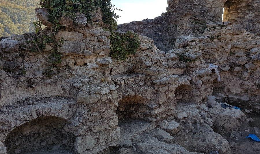Nicchie emerse dallo scavo