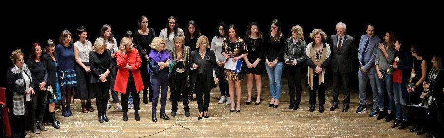 Premiazione-vincitori-XX-edizione-La-donna-si-racconta (1)