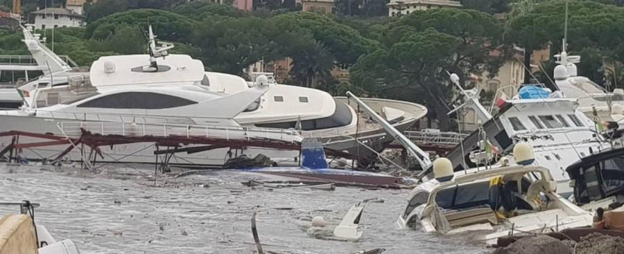 Rapallo la devastazione del porto