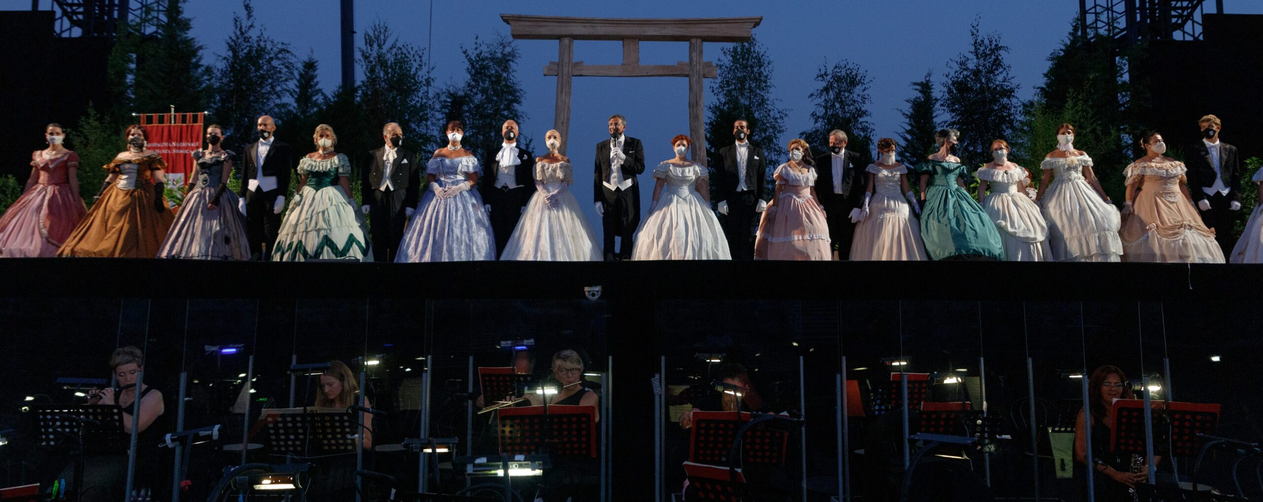 Danza, Viareggio: Il 6 e 7 agosto la Compagnia Nazionale di Danza Storica al 67° Festival Puccini con il Gran Ballo dell'800 e la Tosca