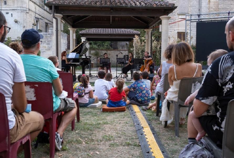 Silent City Festival: tante famiglie alla rassegna di teatro in musica a Matera